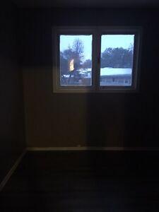 Great area 3 bedroom available now .  Regina Regina Area image 7