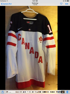 Max Domi Official Jersey