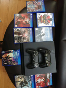 PS4 - 500GB 2 controller + 8 Games - $400