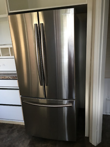 "Samsung 30"" 21.6 Cu.Ft. French Door Stainless Steel Refrigerator"