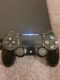 PS4 slim w/ controller
