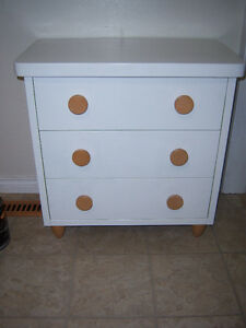 White Bedroom Dresser with 3 drawers