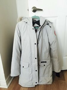 Canada Goose parka outlet authentic - Canada Goose Trillium Parka | Buy & Sell Items, Tickets or Tech in ...