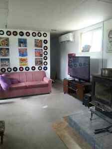 Maison mobile avec 4 chambres , sous-sol et garage Saguenay Saguenay-Lac-Saint-Jean image 2