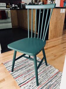 Chaise vintage en bois EQ3 Lyla verte