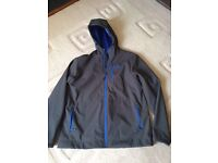 North Face Soft Shell XL New Climbing Hiking Fishing