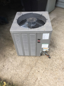 Used 2.0 tonne air. cond. condensor
