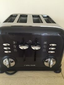 MORPHY RICHARDS 4 SLICE TOASTER A GEORGE FORMAN GRILL AND A SET OF 4 PANS £ 25
