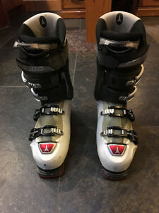 Price cut: Atomic M-Tec 80 Ski Boots