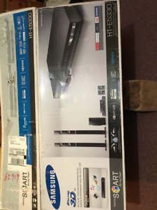 Blu-ray 3D / DVD Home Entertainment System