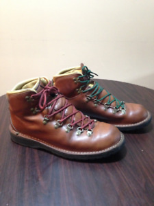Danner Mountain Pass Boots, size 11.5