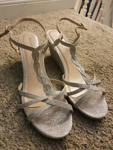 REDUCED Sparkly wedge wedding/grad shoes