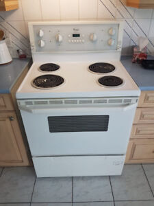 Oven/Four 100$ - Whirlpool