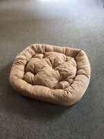 Large dog/cat bed