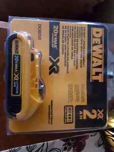 20v Dewalt lithium battery and charger  Prince George British Columbia image 1