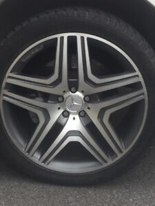 4 Mags Mercedes ML63 AMG - 4 Wheels 21 inch with 4x Nokian Hakka