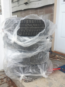 """15"""" Winter Tires Nearly New 195-65-R-15"""