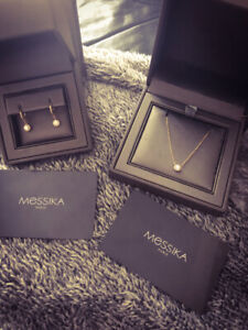 Necklace and earrings Joy Round Diamond by MESSIKA Paris. Luxury