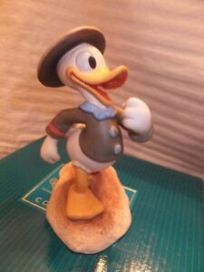 DISNEYS DONALD DUCK FIGURINE FROM THE GOOD SCOUTS SERIES