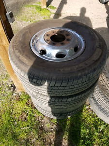 Dodge dually wheels and tires