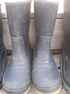 Rain boots size 2 and 3