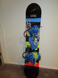 Youth Firefly 130 Snowboard with Burton bindings
