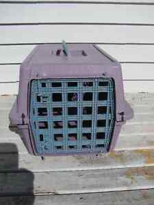 Animal crate 21 inches long x 11 x 12 inches wide $12