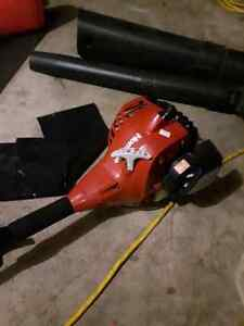 Home lite 26cc gas whipped snipper trimmer