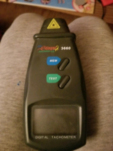Stinger Electronics Digital Tachometer
