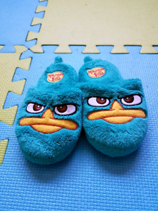 Angry bird toddler boy size 9 to 10 slippers