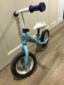 Olaf/Frozen toddler push-bike
