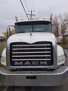 Mack Granit 2007