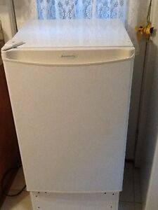 Small apartment size fridge for sale