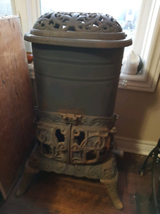 Antique Cast Iron Wood Stove Can be Gas Hookup