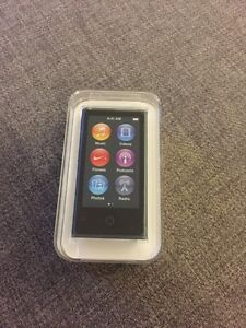 iPod Nano 16 GB - Never Used!!
