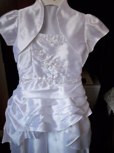 Flower Girl Dress size 8 Never worn Edmonton Edmonton Area image 1