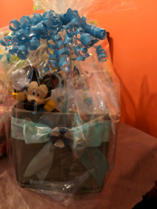 G & J baby baskets & diaper cakes