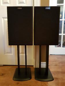 Vintage ALTEC LANSING Speakers in great shape - great sound.