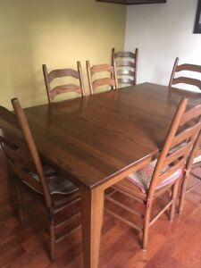 Solid Oak Dining room set 8 chairs & Table $2000.00 OBO