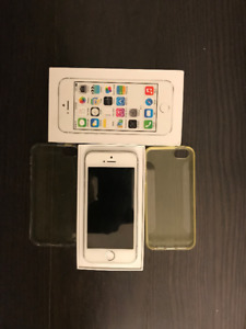 Apple white/silver Iphone 5s unlocked