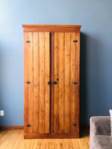Large Antique Pine Cupboard/very clean/working key