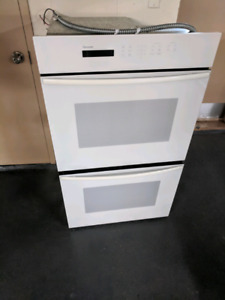 Four thermador double convection