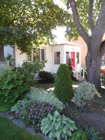 Furnished Rooms in beautiful 3br Southside Apartment sep 1st
