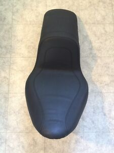 Harley Mustang Softail seat fxst