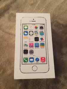 iPhone 5s 16GB <yr use