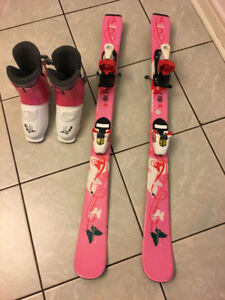 100cm Atomic girl skis with saloman binding, and boots