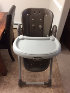 Graco Baby Folding High Chair