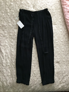 XS Aritzia Wilfred Marais Black Pant *brand new with tags*