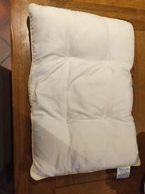 Lilla Kuddis baby pillow (large)