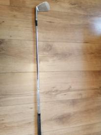 7 iron pinseeker golf club